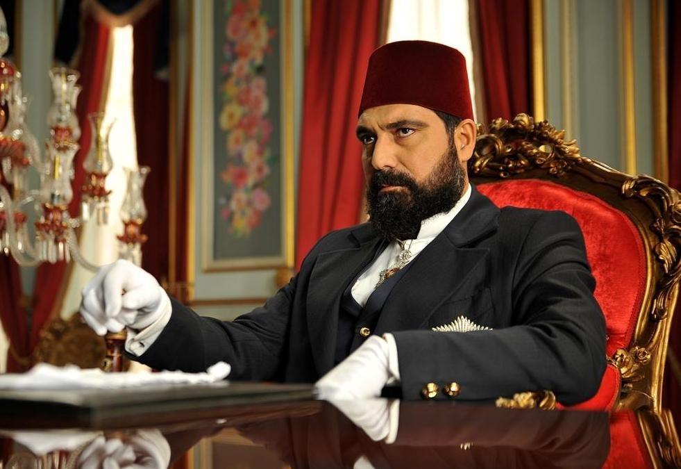 الحلقة الـ 83 من مسلسل السلطان عبدالحميد